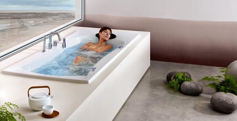 Profitez de la relaxation et du bien-être apporté par une baignoire balnéo